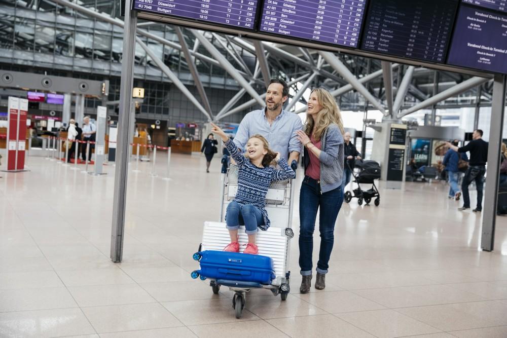 hamburg-airport_skytrax_1